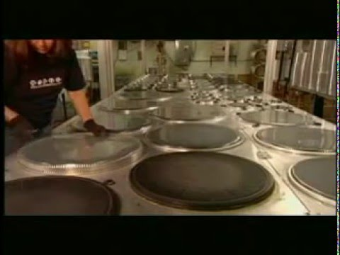 how its made evans drumheads youtube. Black Bedroom Furniture Sets. Home Design Ideas