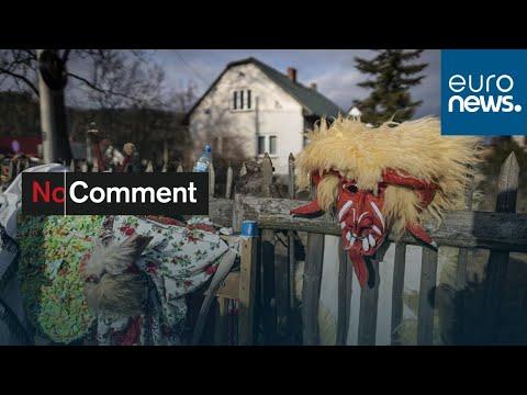 شاهد: سكان القرى الجبلية في بولندا يحتفلون بحلول السنة الجديدة بألبسة وتقاليد غريبة…  - نشر قبل 5 ساعة