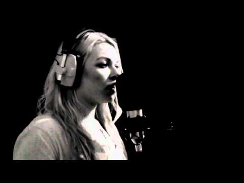 Sarah Bridgewater - You're the One That I Want mp3