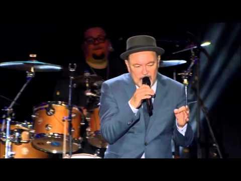 Rubén Blades con Roberto Delgado & Orquesta en vivo - Amor y Control.