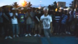 Escuadron Del Panico(Young Proto) VS Anonymous Boyz(Amarillo THT) Batalla De Gallos-Dembow 2014