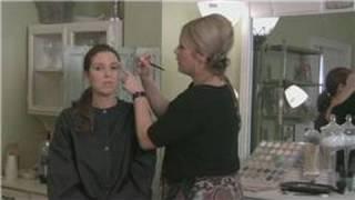 How to Do Eye Makeup Thumbnail