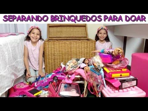 SEPARANDO BRINQUEDOS PARA DOAR - DIA DAS CRIANÇAS