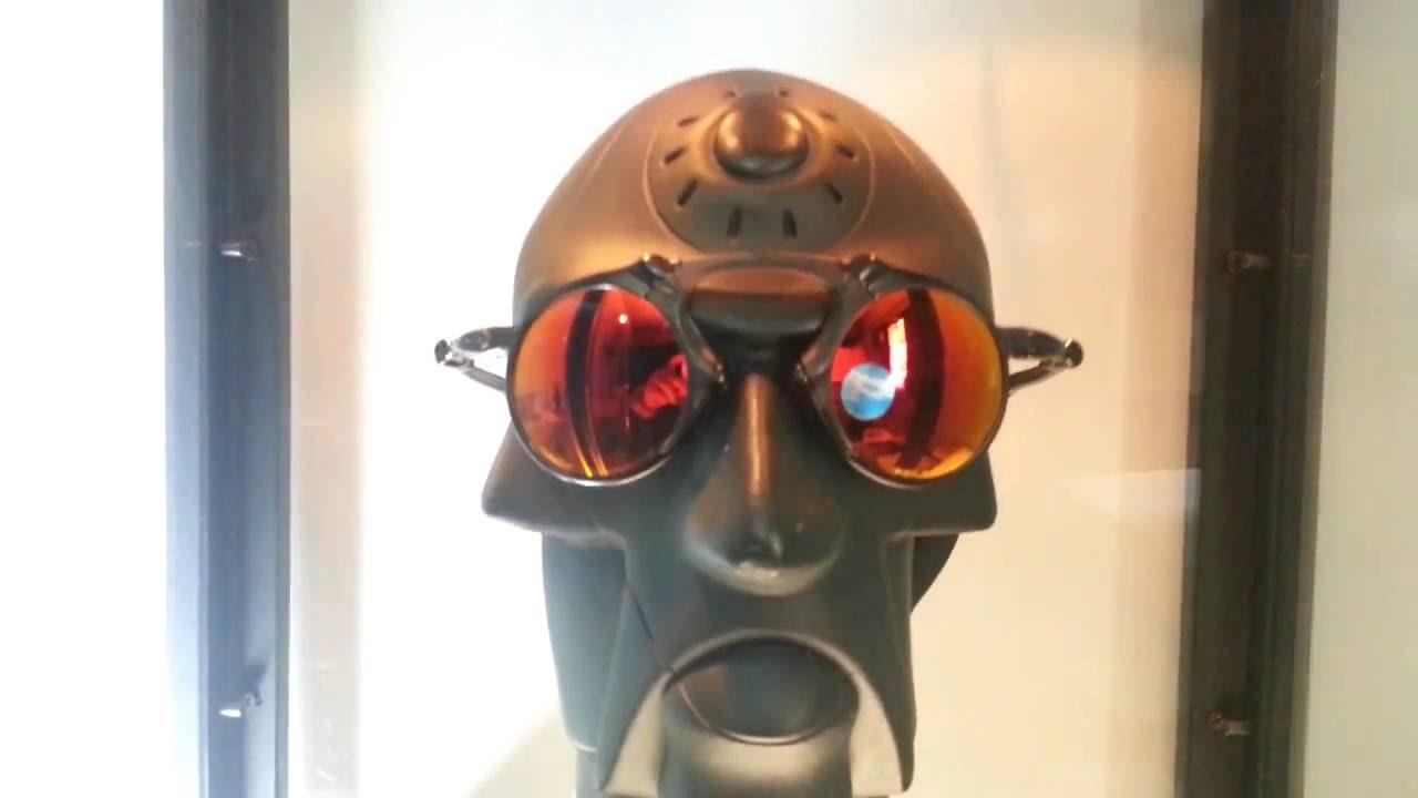 03e13ab9ca Oculos oakley madman dark carbon ruby polarized - YouTube
