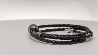 Collier cuir noir tressé et perle de tahiti vidéo