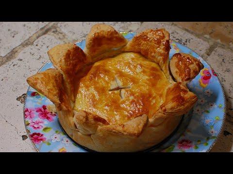 Слоеный пирог с мясом и грибами Ингредиенты лук репчатый