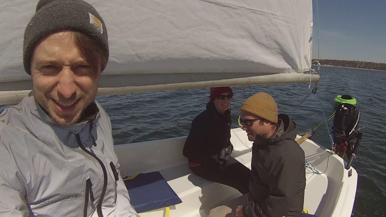 Com-Pac 16 sailing
