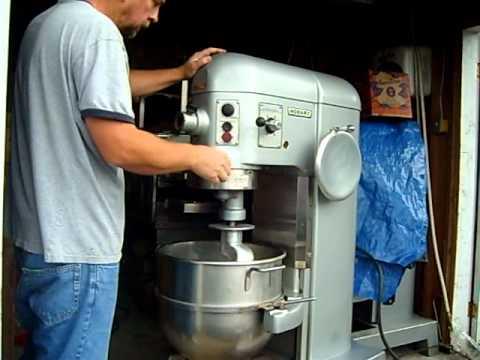 Hobart 60 Qt 60 Qt Quart Dough Mixer Youtube