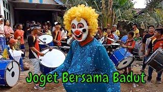 Badut Lucu berjoget diiringi Drumband dangdut Koplo | Feat Ondel Ondel Badut Mampang