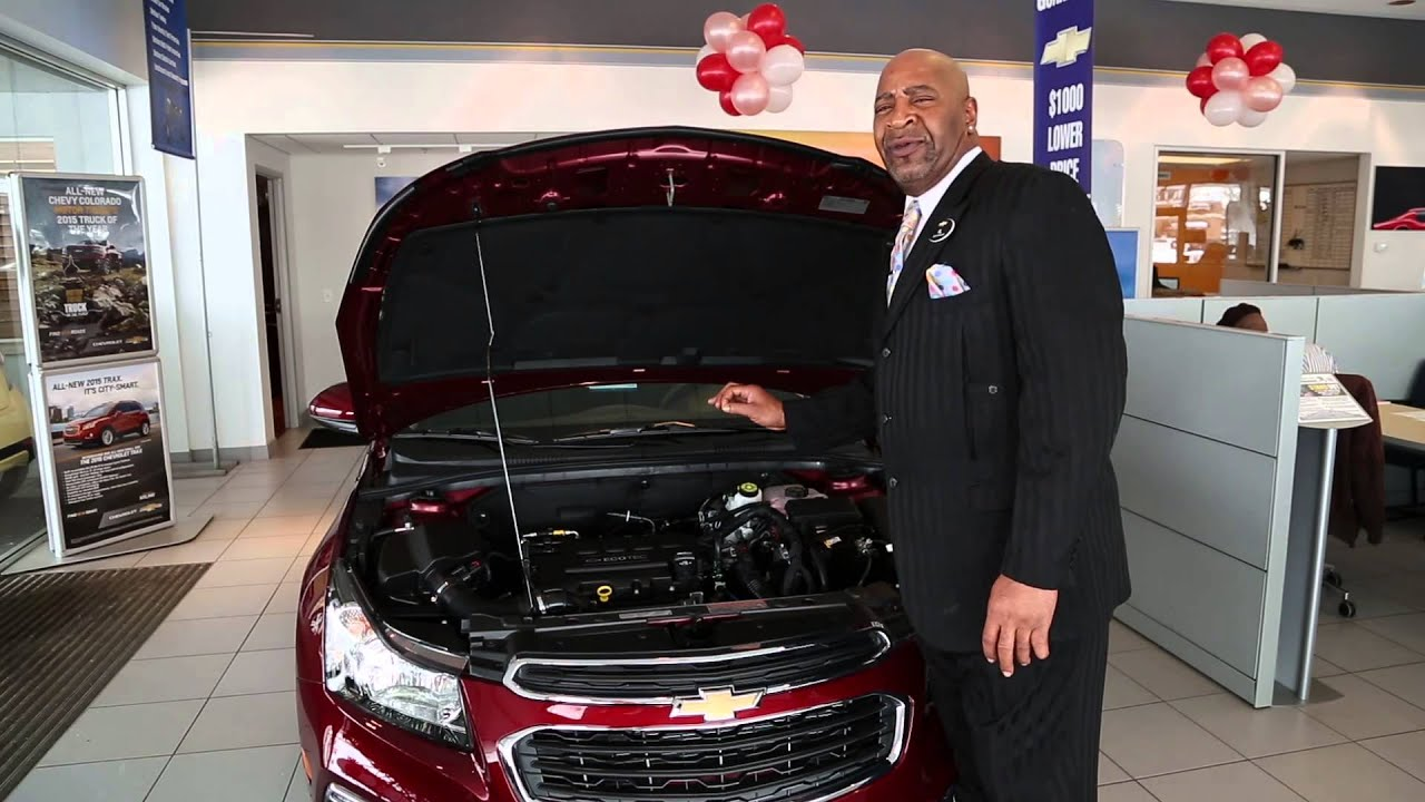 2015 Chevrolet Cruze Overview with Alfredrick Hughes - YouTube