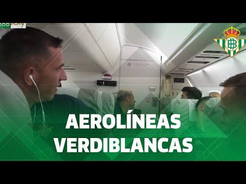 JOAQUÍN bromea en el avión hacia Alemania