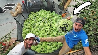 TRAMPOLINE FILLED WITH 1000 MEGA WHOOPIE CUSHIONS