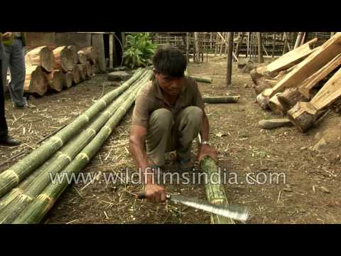 Cutting bamboo to make baskets and fences in Arunachal, India - YouTube