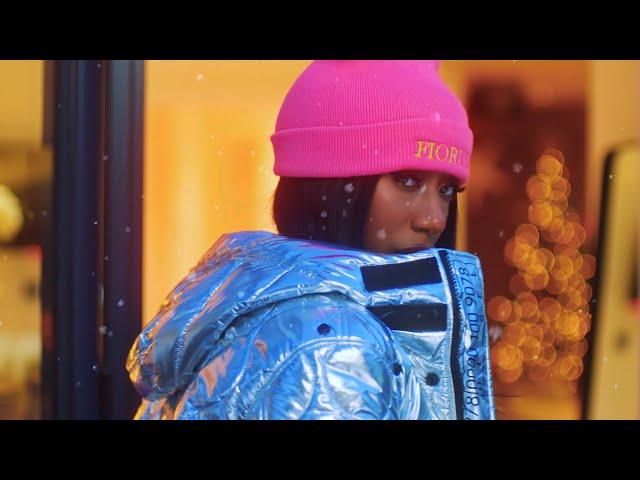 KAMILLE - Santa x4 (feat. Next Town Down) (Official Video)