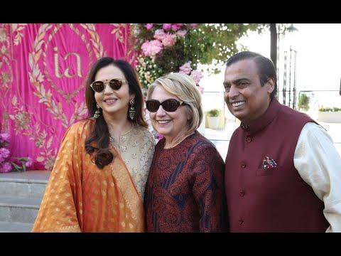 كلينتون تحضر زفاف إبنة أغنى أغنياء الهند  - نشر قبل 2 ساعة