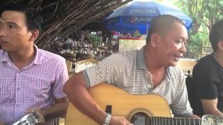 Guitar Nhứt Phong hát cải lương 28-12-2014