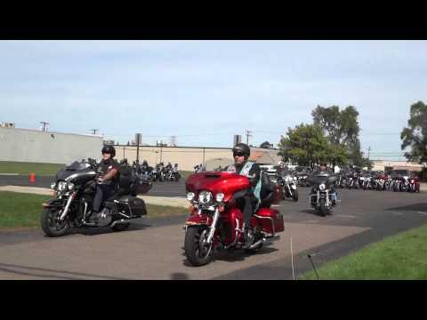 Motormen Breeze-Out Ride Departing Dick Scott