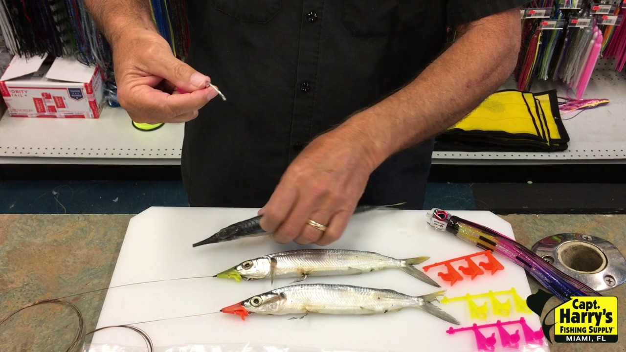 How to use a hoonose to rig your ballyhoo youtube for Capt harry s fishing supply