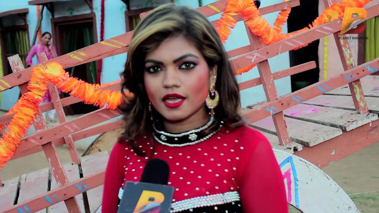 निशा दूबे - Bhojpuri Hot Actress Nisha Dubey Exclusive Interview On Location 2017