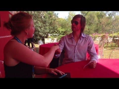 Simone Vos interview with Felix Van Groeningen - The Broken Circle Breakdown (Dutch)