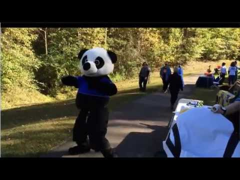 Paramedic panda shows his smooth moves