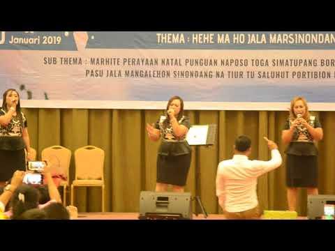 Mardua Holong Versi Simatupang Sister (The Heart)