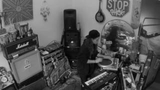 TASH SULTANA - MUSK (LIVE BEDROOM RECORDING)