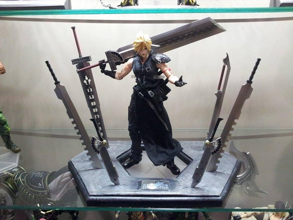 Play Arts Final Fantasy 7