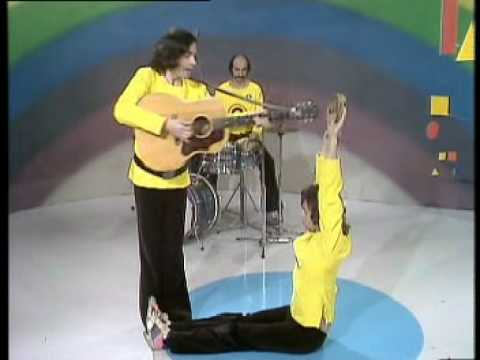 "Rainbow 1972 - The Band Perform ""Shapes"""