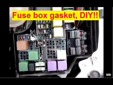 garnitura capac cutie cu sigurante corsa c z12xe -- making a gasket for the fuse  box - youtube
