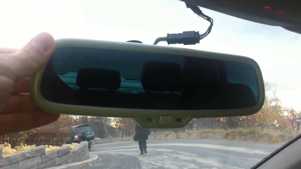 Audi a4 rear view mirror auto dimming