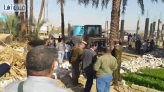 بالفيديو : مدير أمن سوهاج يقود حملة لإزالة التعديات على نهر النيل بدائرة مركز المراغة