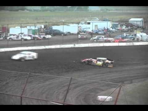 Gallatin Speedway Wissota Modified Heat Race