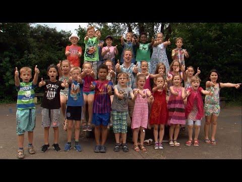 Unsre Schule die ist bunt   Musikvideo   Ben Daum