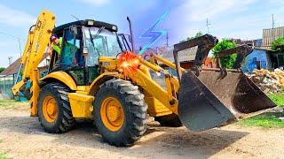 Tractor is kapot - Dima op aangedreven wielen auto repareert de tractor