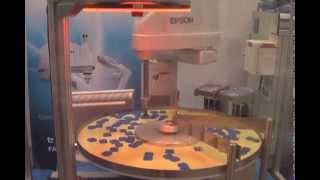 Circular conveyor tracking with Epson Robots