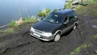 Toyota Sptinter Carib катаємося по бруду