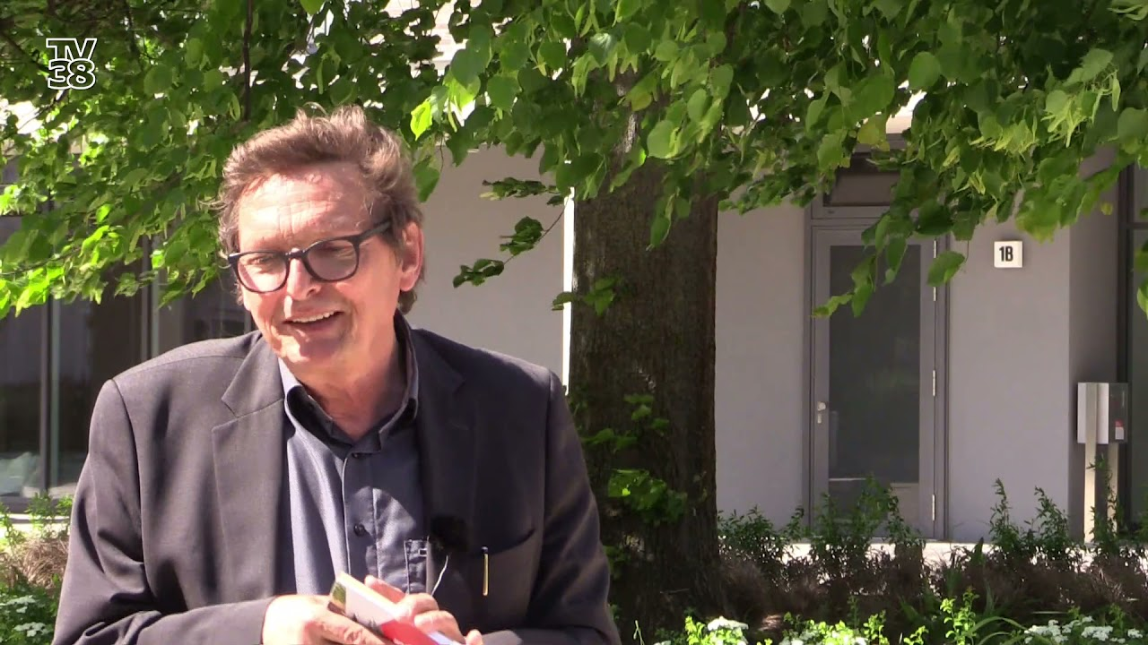 Download Wohnen im Wandel - Gespräch mit Architekt Michael Peter