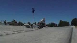 360 manuel at Battle Ground skatepark 2007