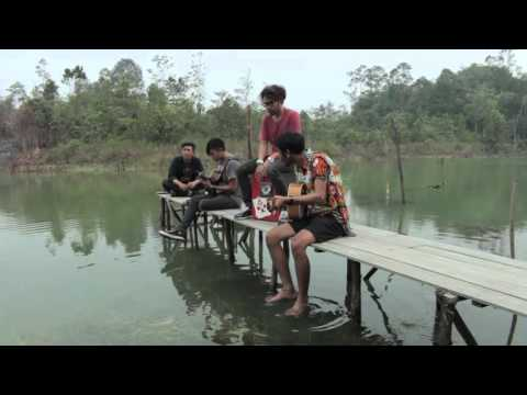 LAS! & Momo - Borneo Is Calling (Live Version)
