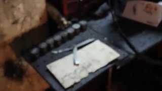 видео Renault Megane Проверка и регулировка зазоров клапанов