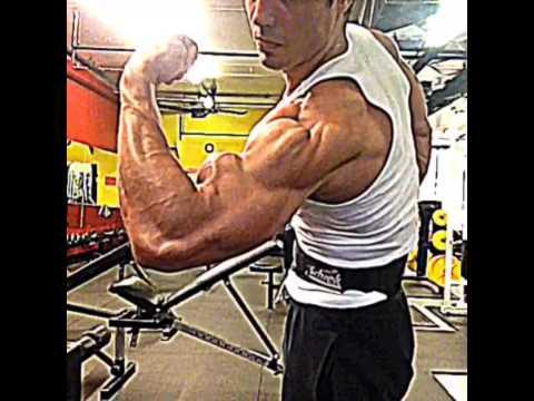 Bodybuilding Arm posing - Rob Monroe