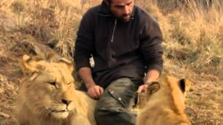 Kevin Richardson playing with Lions