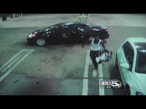 VIDEO: Car thief