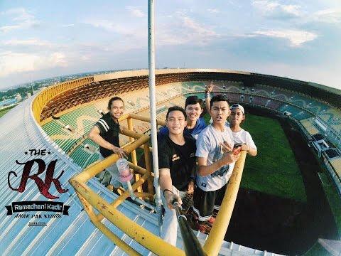Rooftop - Riau Main Stadium | Parkour Freerunning 2015