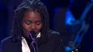 "Tracy Chapman performing ""Hound Dog"" in honor of Buddy Guy at the 3..."