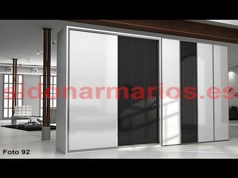 Armario empotrado puerta blanca y puerta cristal negro con