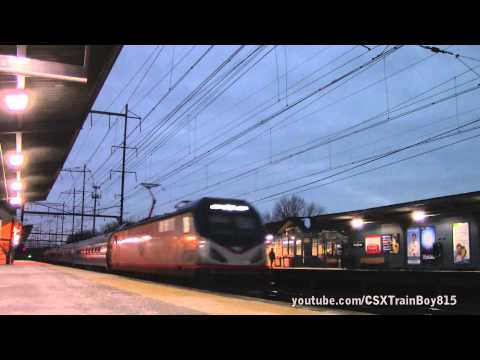 Amtrak Silver Meteor 98 with New Baggage Cars and Viewliner Diner 8400