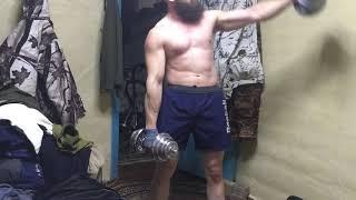 Гиря 32 кг работа на Трапеции и добивка гантелями на 15!