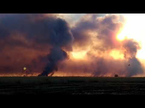 Пожары в дельте Волги. Обычная картина для весны в Астраханской области.